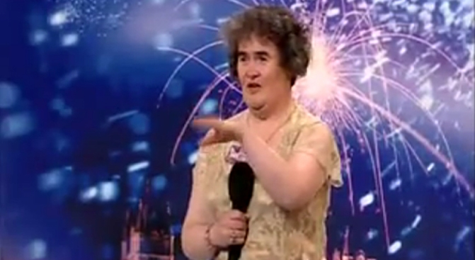 Frumpy Scot Shocks Simon Cowell, Becomes YouTube Hit