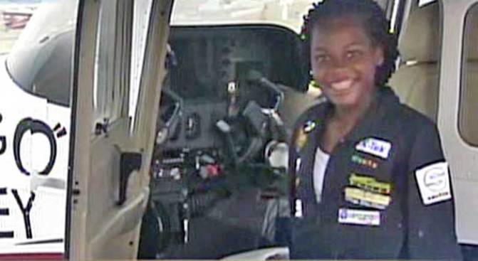 Teen Pilot Makes Aviation History