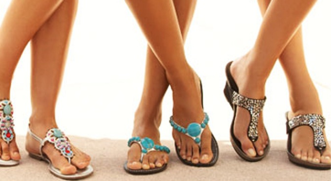 Want This: 3-for-2 Summer Sandals