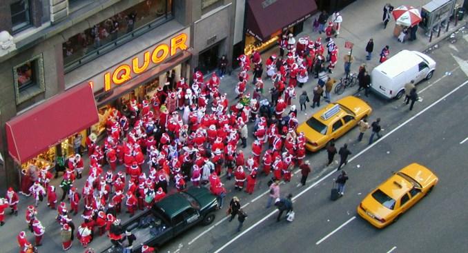 NYPD Officer Asks Bars Not to Sponsor Boozy SantaCon Bar Crawl