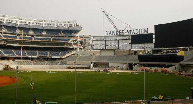 Yankees Hire Real-Estate Firm to Sell Tickets