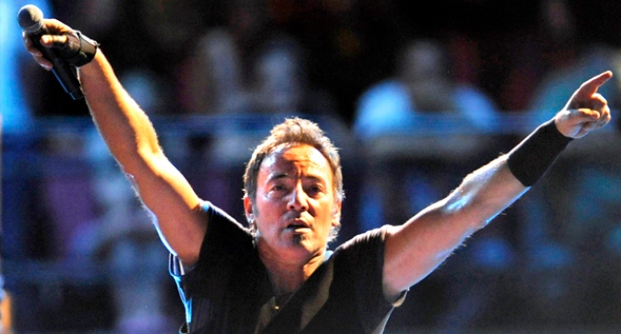 """Bruce & the """"Wrecking Crew"""" to Say Goodbye"""