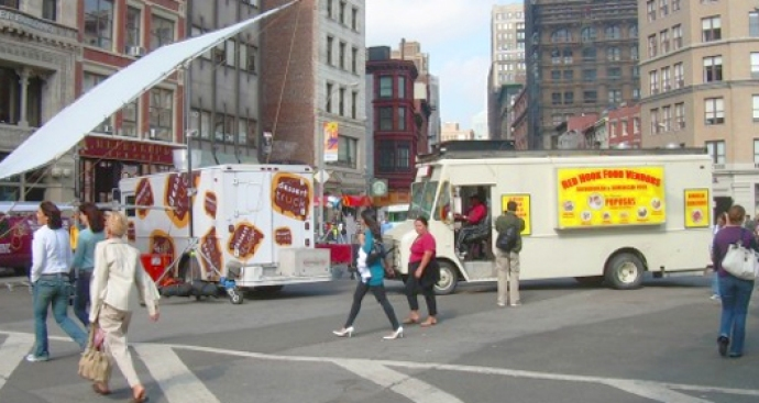 "Special Emergency Vote: Should The Winner of Dessert Truck ""Throwdown"" Be Revealed?"