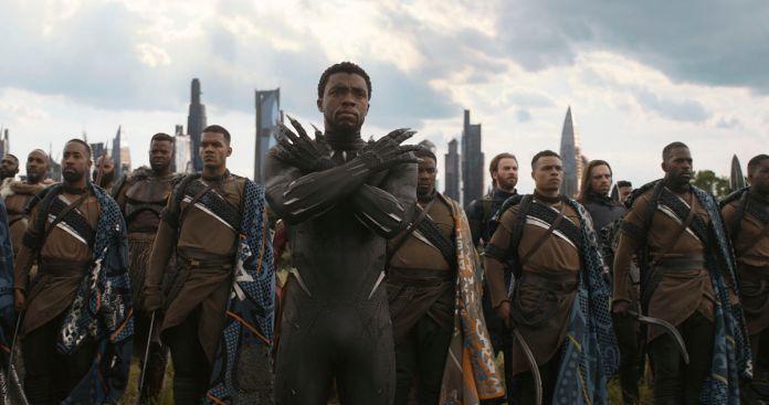 'Infinity War' to Set Record, Fastest to Surpass $1 Billion