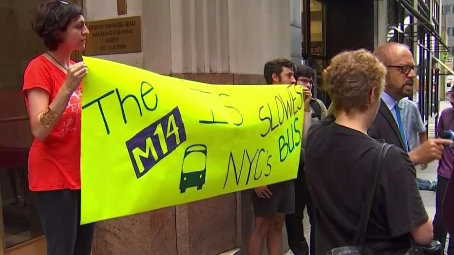 Battle Over Busway on Manhattan Thoroughfare Continues