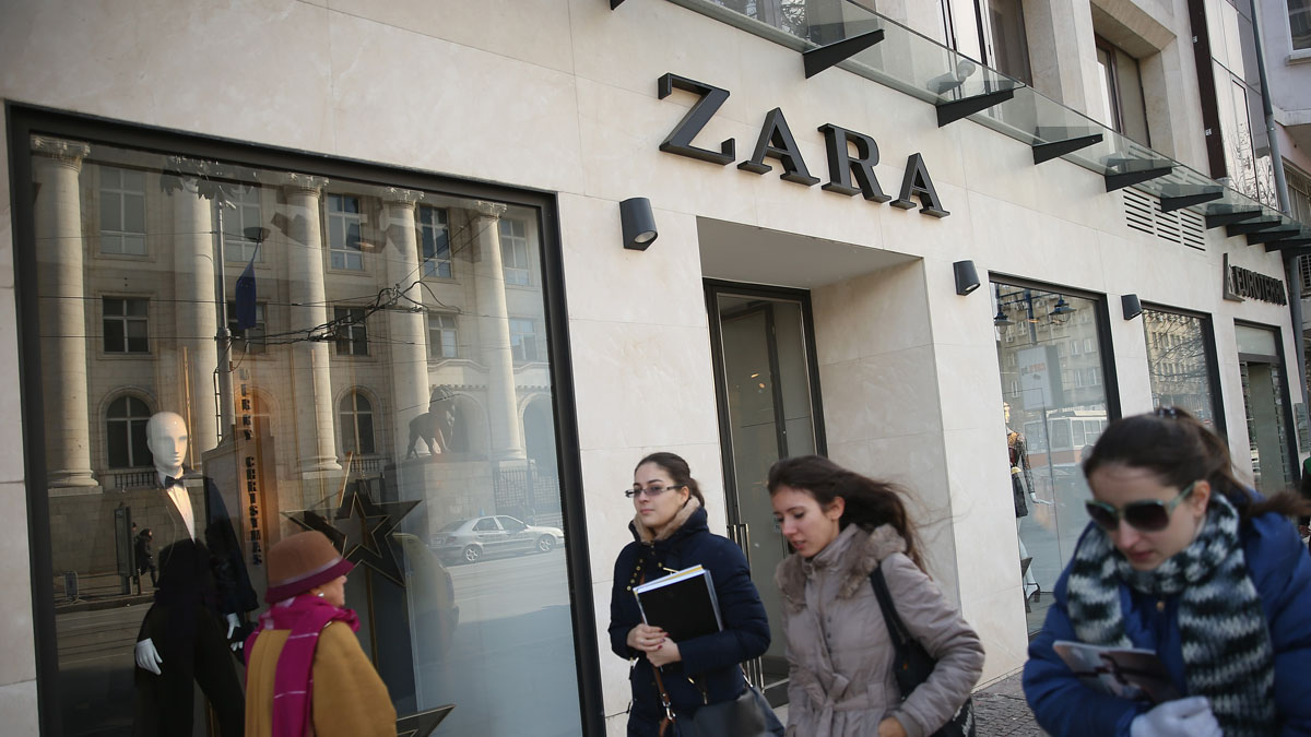 SOFIA, BULGARIA - DECEMBER 07:  Young women walk past a Zara clothing store on December 7, 2013 in Sofia, Bulgaria. Restrictions on the freedom of Bulgarians and Romanians to work in the European Union are due to run out by December 31, though several EU leaders, including British Prime Minister David Cameron, are considering imposing temporary restrictions to cut the flow of Romanians and Bulgarians arriving in EU countries. Many EU nations have voiced concern over too many Bulgarians and Romanians arriving and applying for social benefits.  Romania and Bulgaria are both EU members though their citizens do not yet receive the same rights as citizens of other EU nations.  (Photo by Sean Gallup/Getty Images)
