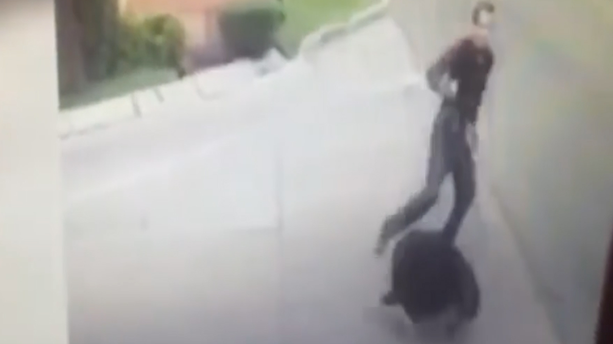 A still of surveillance footage showing the shooting of Judge Vicente Bermudez Zacarias in Mexico City on Monday, October 17, 2016.