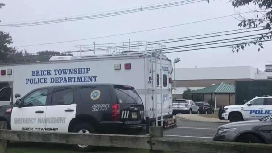 NJ School on Lockdown After Shooting Victim Runs Inside