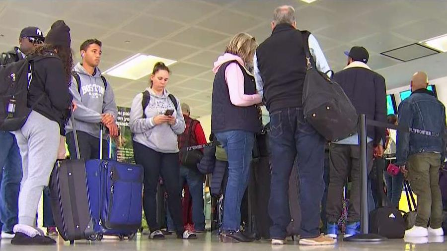 Best and Worst Days, Times to Fly to Avoid Airport Delays