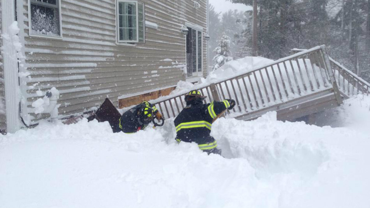 Multiple Roofs Collapse From Weight Of Snow Necn