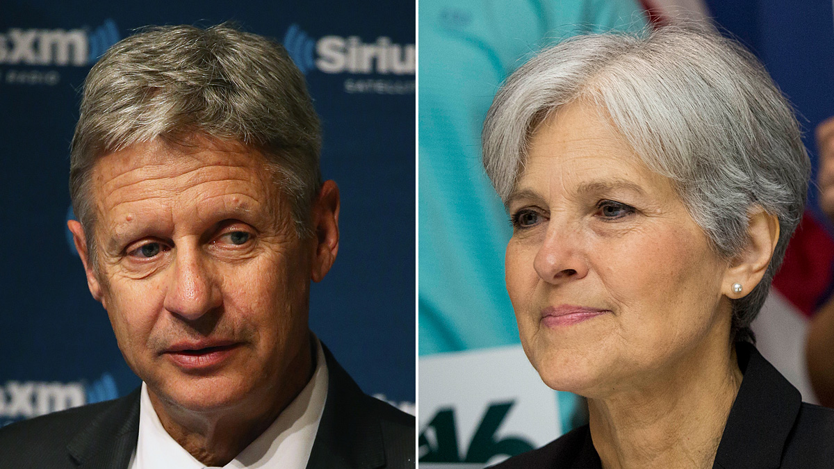 (L-R) Gary Johnson and Jill Stein. A conservation group closely aligned to Hillary Clinton will be sending out letters to voters with their argument that voting for a third party candidate will only strengthen Donald Trump.