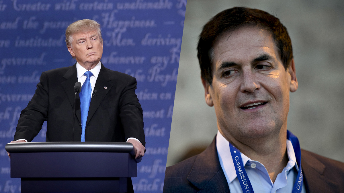 Donald Trump (left) and Mark Cuban at the first presidential debate of 2016 in Hempstead, New York, on September 26.