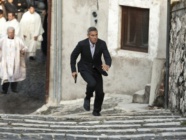 "First Official Look at Clooney in ""The American"""